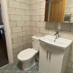 En suite shower room in property for rent in Hull